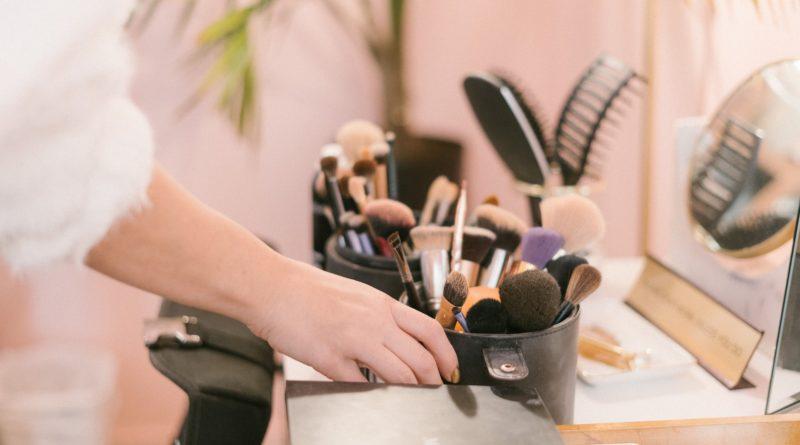Het kiezen van de juiste make up spons